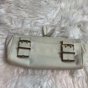 Charles David Cream Colored Leather Cosmetic Bag